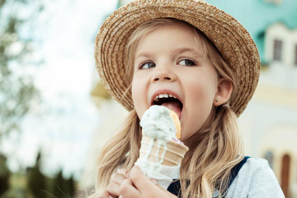 Erlaubt: Während eines Osterspaziergangs darf man sich ruhig ein Eis gönnen. (Symbolbild)