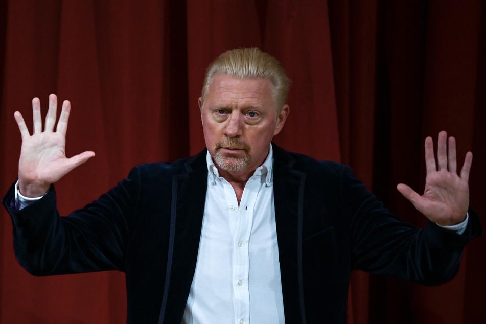 Boris Becker (52) hat angeblich einen Award gewonnen, dabei handelte es sich jedoch um einen von Oliver Pocher (42) inszenierten Fake.
