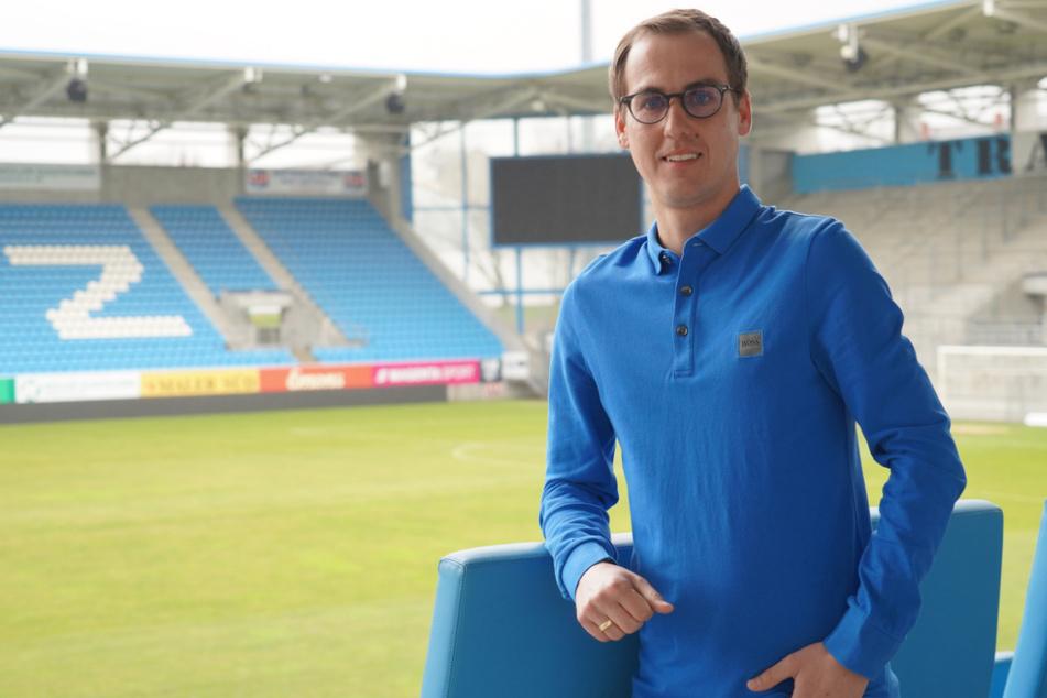 Marcus Jahn (34), Chef des CFC-Nachwuchsleistungszentrums, sorgt sich um die himmelblauen Talente - aber nicht nur um die.