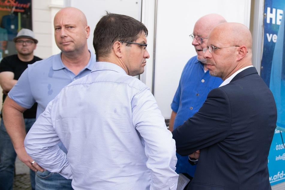 """Gefeuerter Kalbitz bekommt Bühne in Sebnitz: Sachsens AfD flattert weiter mit dem """"Flügel"""""""