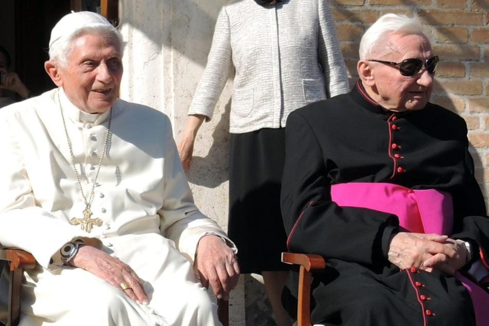 Aus traurigem Anlass: Benedikt XVI. erstmals seit Rücktritt in Deutschland