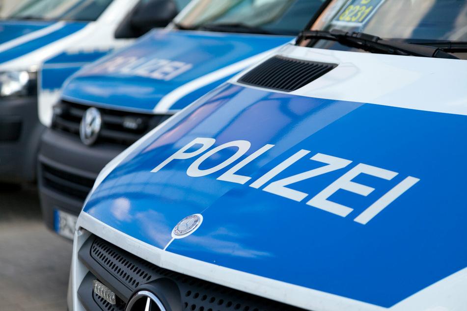 Die Polizei sucht nach Zeugen, die den Vorfall beobachtet haben.
