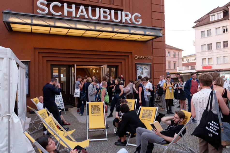 Filmfest-Treiben vor der Schauburg dieses Frühjahr.