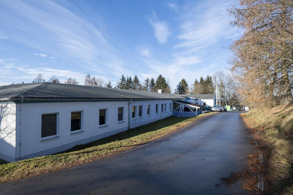 Auf dem Gelände der Klinik werden zur Therapiebegleitung auch alte Haustierrassen gehalten.