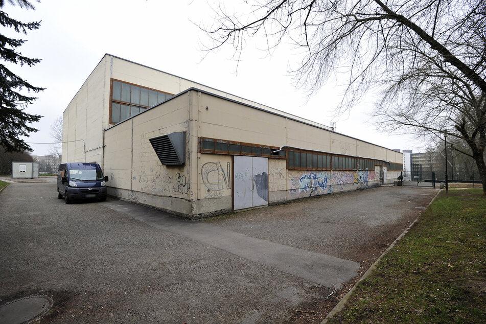 Die neu geplante Sporthalle soll die in die Jahre gekommene Turnhalle am Thüringer Weg ersetzen.