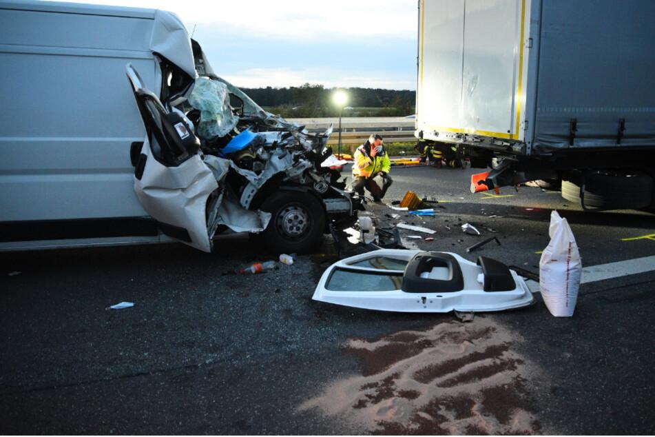 Unfall A5: A5 nach schwerem Unfall im Berufsverkehr voll gesperrt!