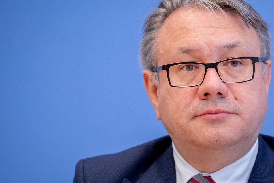 Ministerium: CSU-Politiker Georg Nüßlein leitete Verkaufsangebot weiter