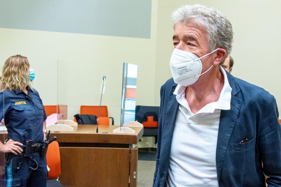 Missbrauchs-Prozess gegen Theater-Chef: Nutzte Thomas Pekny die Lage betrunkener Frauen aus?