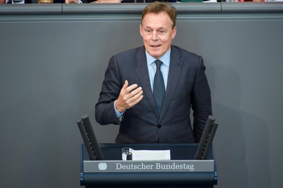 Bundestagsvizepräsident Thomas Oppermann ist mit 66 Jahren gestorben.