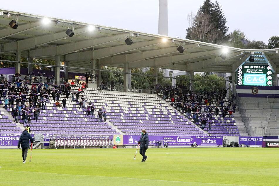 Nur dreimal spielte Aue vor Fans. Die meisten durften pandemiebedingt zum Heimspielauftakt gegen Fürth ins Stadion. Es waren gerade einmal 999.