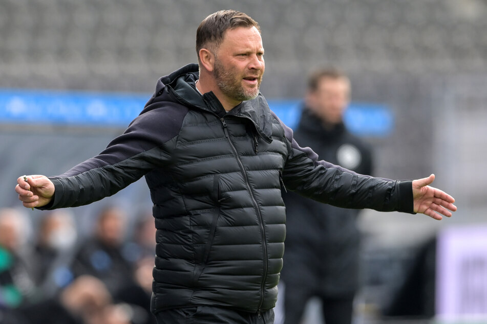 Hertha-Coach Pal Dardai leidet unter leichten Corona-Symptomen.
