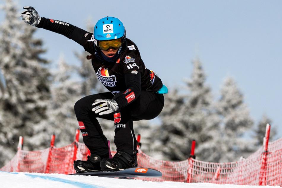 Snowboarderin Hanna Ihedioha (23) hat sich im Trainingslager in der Schweiz verletzt.