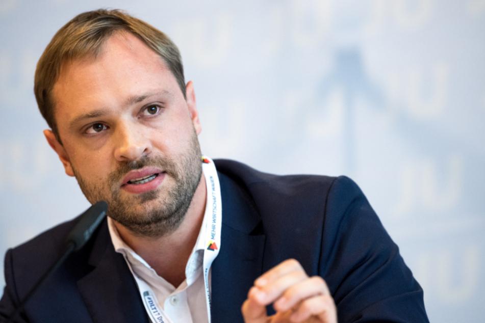 """Harte Kritik von Alexander Dierks (33) an Martin Kohlmann (43): """"Seine Worte sind für einen Stadtrat untragbar und geschichtsvergessen."""""""