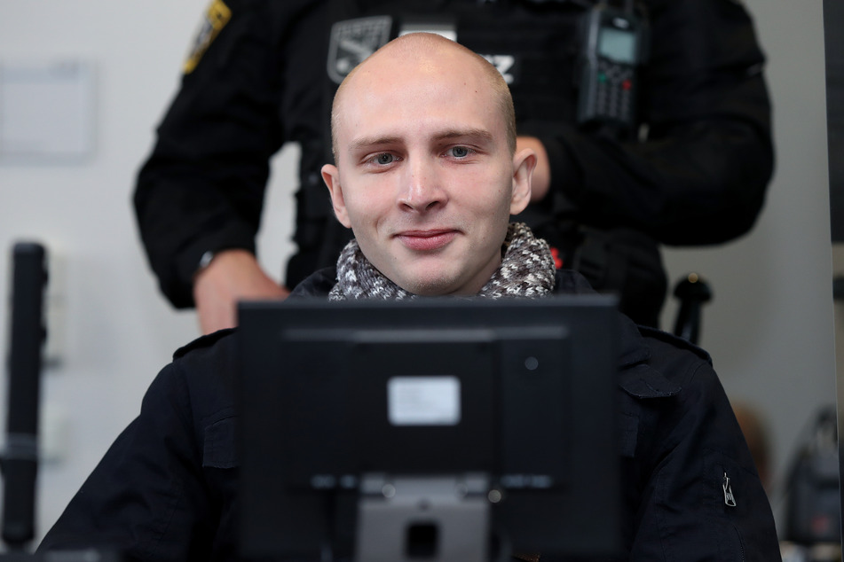Häme für Halle-Attentäter auf rechtsextremen Online-Plattformen