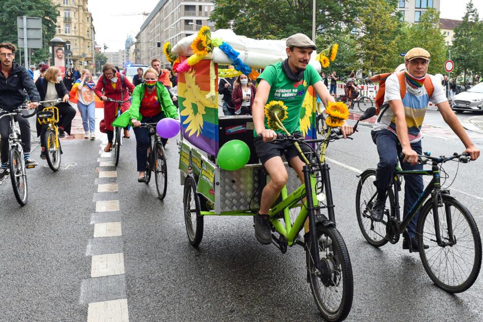 In Dresden wurde am Sonnabend der Christopher Street Day nachgeholt.