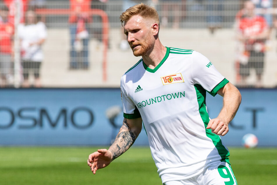 Andreas Voglsammer (29) bejubelt seinen Treffer gegen Dynamo Dresden. Der Angreifer ist in bestechender Frühform.
