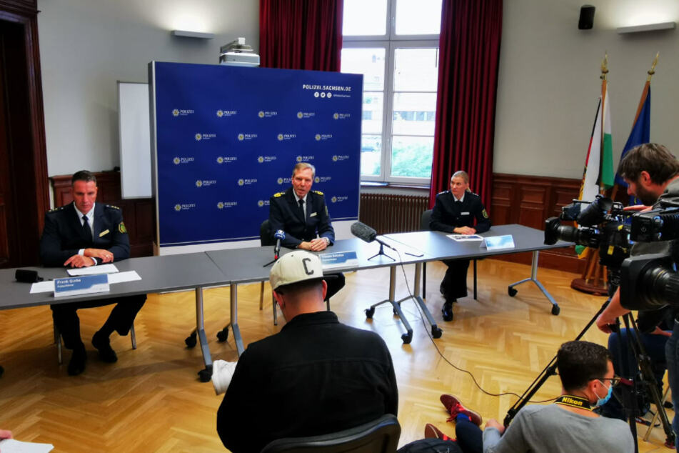Die Pressekonferenz fand am Samstagnachmittag statt.