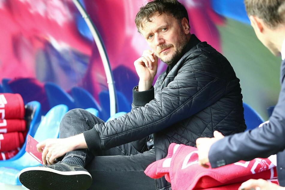 Vor seiner Anstellung beim 1. FC Köln hat Frank Aehlig (52) auf der Bank von RB Leipzig gesessen. (Archivfoto)