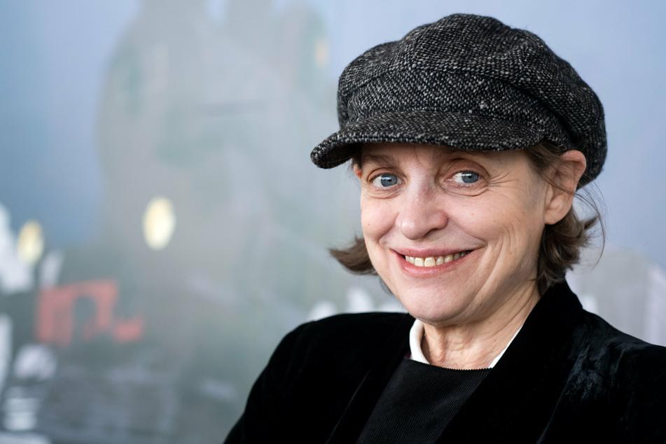 """Schauspielerin und Regisseurin Katharina Thalbach (67) inszeniert die Krimigeschichte """"Mord im Orientexpress"""" von Agatha Christie."""