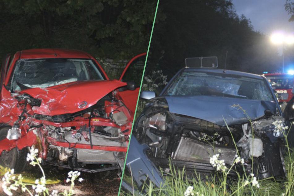 Beide Fahrzeuge wurden durch den Aufprall komplett zerstört. Der Gesamtschaden beläuft sich auf etwa 25.000 Euro.