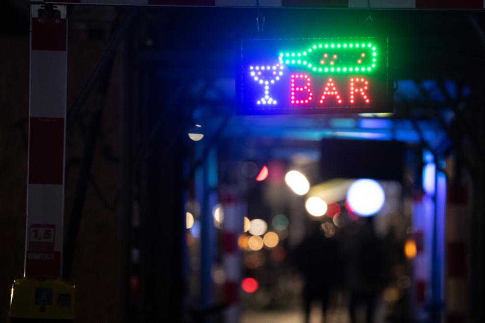 Kippt die Corona-Sperrstunde? Neue Eilanträge beim Berliner Verwaltungsgericht