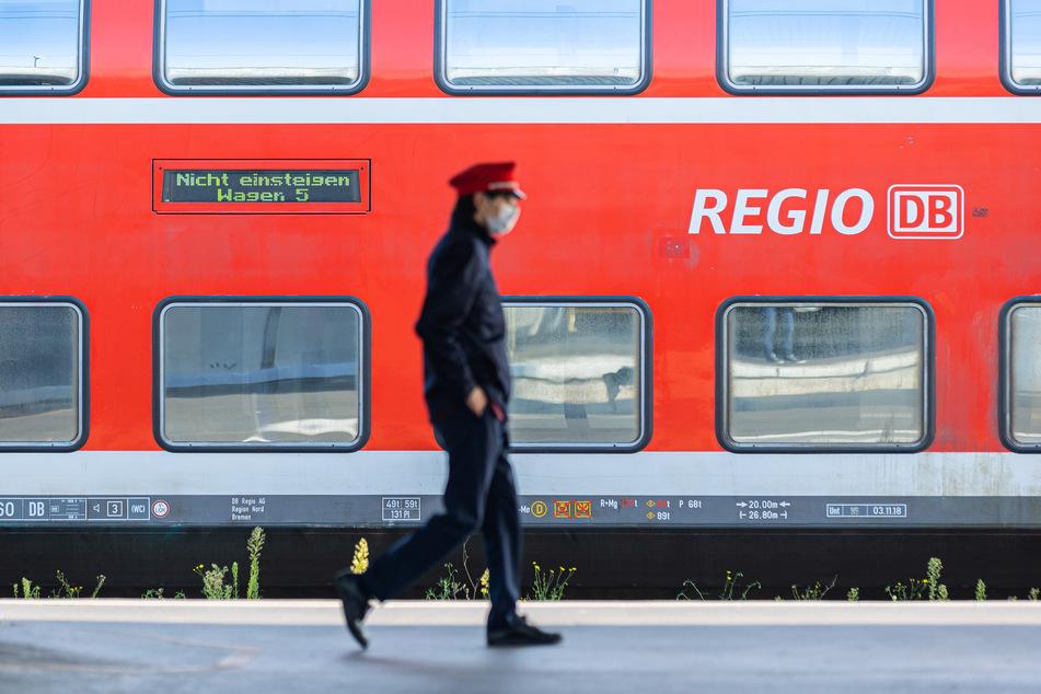 Für die ausfallenden Züge der Linien RE83 und RB84 wird nach Angaben der Bahn ein umfangreiches Ersatzkonzept erstellt. (Symbolbild)