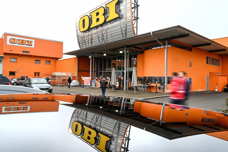 Gut liefen die Geschäfte bei der Baumarktkette Obi, die zur Tengelmann-Gruppe gehört. Sie profitierte von der Bereitschaft der Menschen, in der Krise mehr Geld für die eigenen vier Wände auszugeben und steigerte ihre Umsätze um 6,8 Prozent auf 6,2 Milliarden Euro.