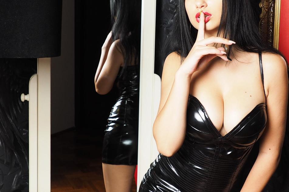 """Prostitution gilt als """"körpernahe Dienstleistung"""" und ist nach den Corona-Regeln verboten (Symbolbild)."""