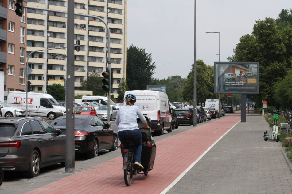 Der Radweg an der Äußeren Kanalstraße.