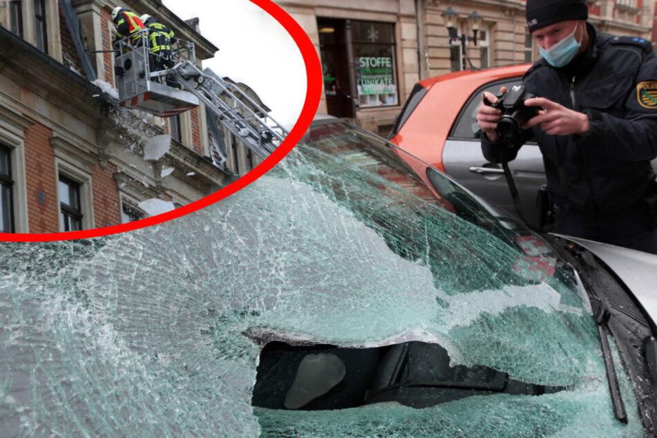 Eisplatten krachen auf Pirnaer Fußwege: Zahlreiche beschädigte Autos, Mega-Schaden