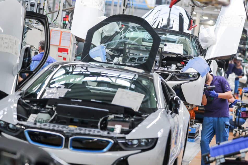 BMW pusht E-Mobilität: Serientaugliche Feststoffbatterien bis Ende des Jahrzehnts?