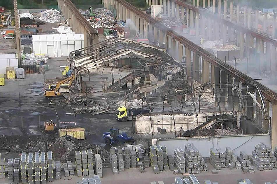 Großfeuer in Leipzig nach fast einer Woche endlich gelöscht