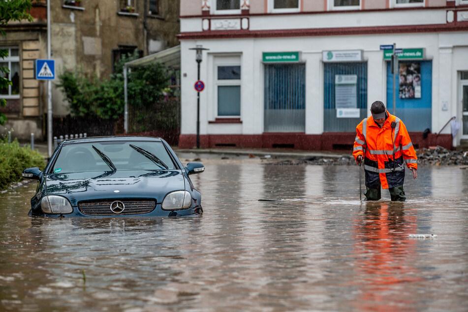 In vielen Gegenden Deutschlands herrschte nach den heftigen Regenfällen das reine Chaos.