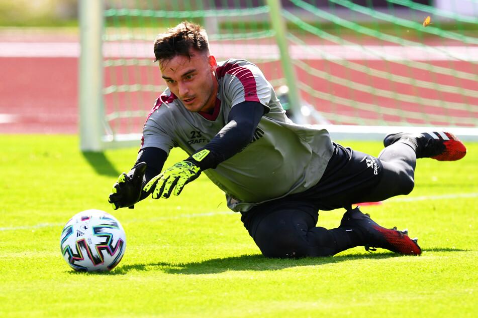 Wird am Mittwoch sein erstes Pflichtspiel für Dynamo bestreiten: Keeper Stefan Kiefer (19).