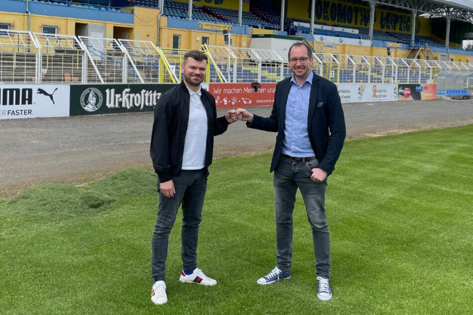 Das Trikot hat er schon abgelegt: Paul Schinke (30, l.) hat seine Fußballkarriere bei Lok Leipzig vorerst beendet. Dem Verein will er jedoch erhalten bleiben.