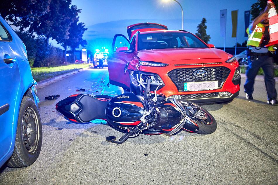 Die Motorradfahrerin (45) wurde durch den Unfall leicht verletzt.