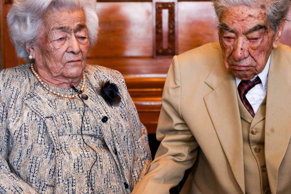World's oldest couple torn apart as husband dies at 110 sleeping next to his wife