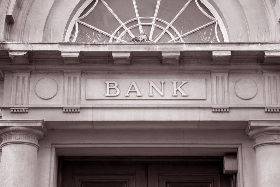 In einer Bank rastete am Montag ein Kunde aus. (Symbolbild)