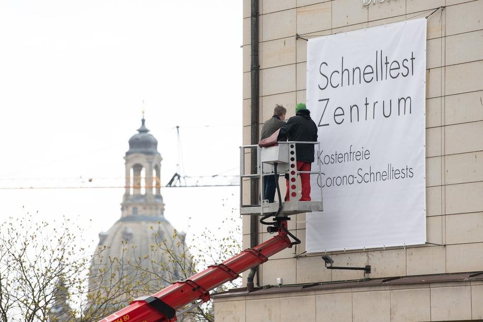 Die Corona-Inzidenz in Sachsen ist wieder über 150 angestiegen.