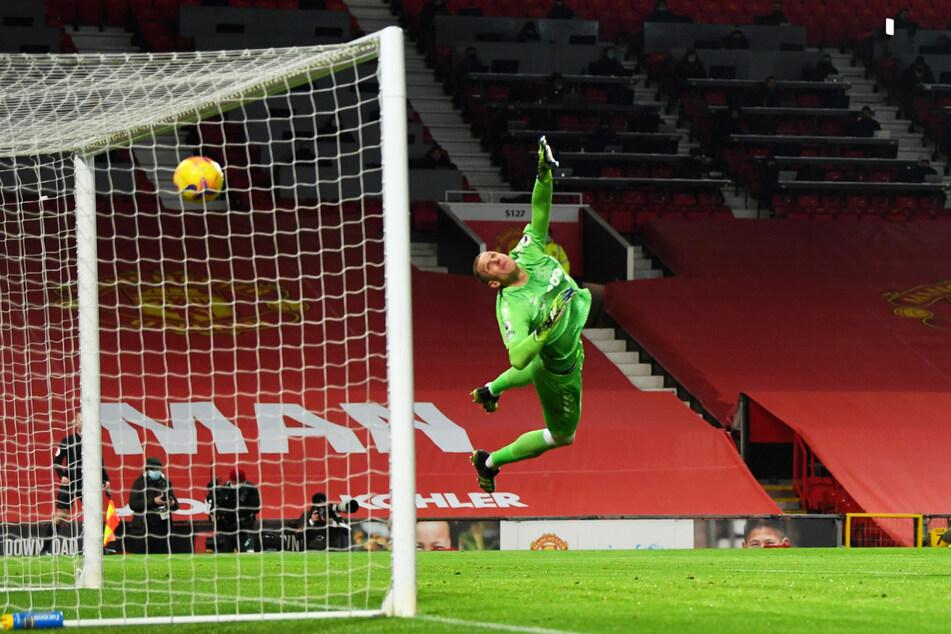 Everton-Schlussmann Robin Olsen (31), hier im Einsatz gegen Manchester United am 6. Februar, wurde Opfer eines Raubüberfalls.
