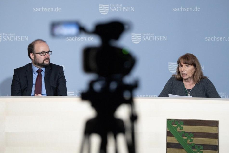 Sachsens Kultusminister Christian Piwarz (46, CDU) und Gesundheitsministerin Petra Köpping (63, SPD) kündigten Ende August freiwillige Impf-Angebote in den Schulen an.