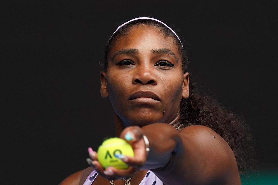 Die 23-malige Grand-Slam-Turniersiegerin hat ihre Teilnahme an den US Open in diesem Jahr zugesagt. Sie könne es kaum erwarten, nach New York zurückzukehren, sagte die 38 Jahre alte Amerikanerin am Mittwoch in einem Video.