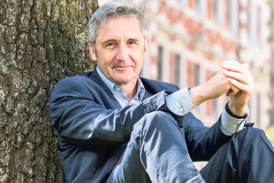 Der Theologe, Bürgerrechtler und Landtagsabgeordnete Frank Richter blickt auf ein bewegtes Leben zurück. Als sein 30. Geburtstag anstand, brach die DDR zusammen. Morgen feiert er seinen 60. Geburtstag und das Land steht still wegen Corona.