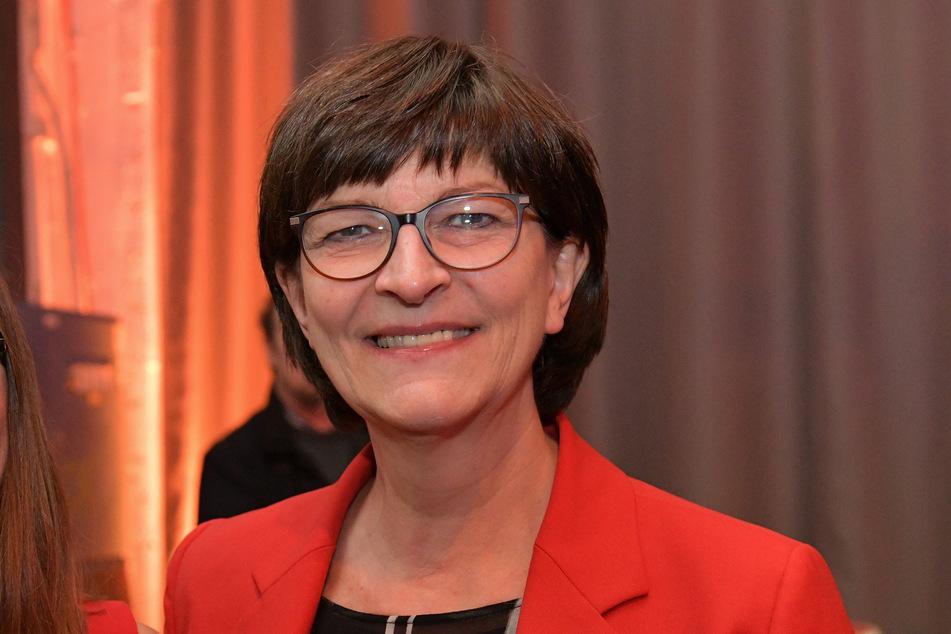 Die SPD-Parteivorsitzende Saskia Esken sieht die Querdenken-Demos sehr kritisch.