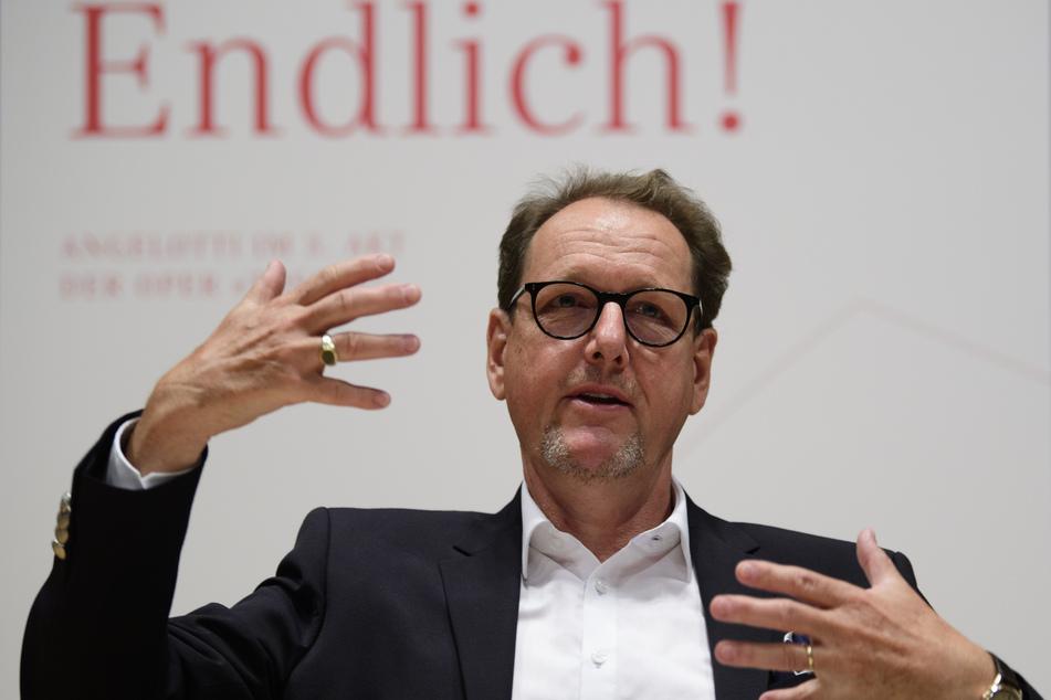 Peter Theiler, Intendant der Semperoper Dresden, spricht während der Vorstellung des Spielplans für die Monate August bis Oktober 2020.