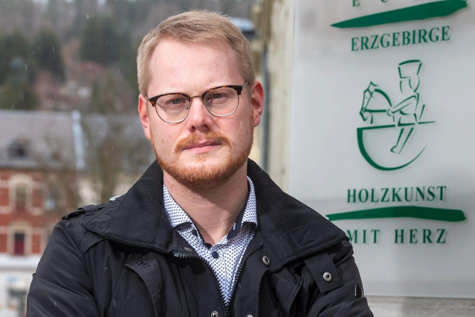 Geschäftsführer Frederic Günther (34) legte sich im Namen der Kunsthandwerker mit dem Online-Riesen an.