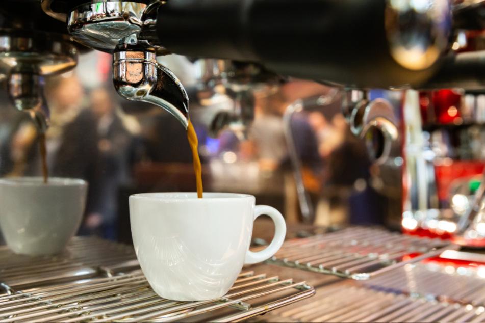 Gemütlich mal einen Kaffee im Café trinken gehen, das soll ab Mittwoch in Hamburg wieder möglich sein.