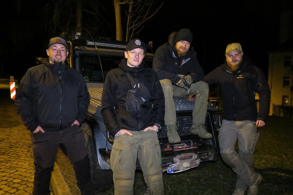 Abenteurer Bommel (der.bommel), Felix (25, Adventure Buddy), Fritz Meinecke (32) und Paul Schridde (PJ Adventure) (v.l.n.r) in Bad Schlema. Die vier Freunde wollten ein verlassenes Kaufhaus erkunden, doch daraus wurde nichts.