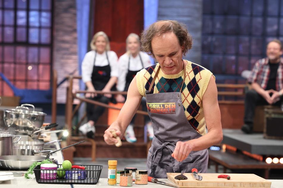 Olaf Schubert (53) will in der Vox-Koch-Show mit pochiertem Ei mit Sauce Hollandaise punkten.