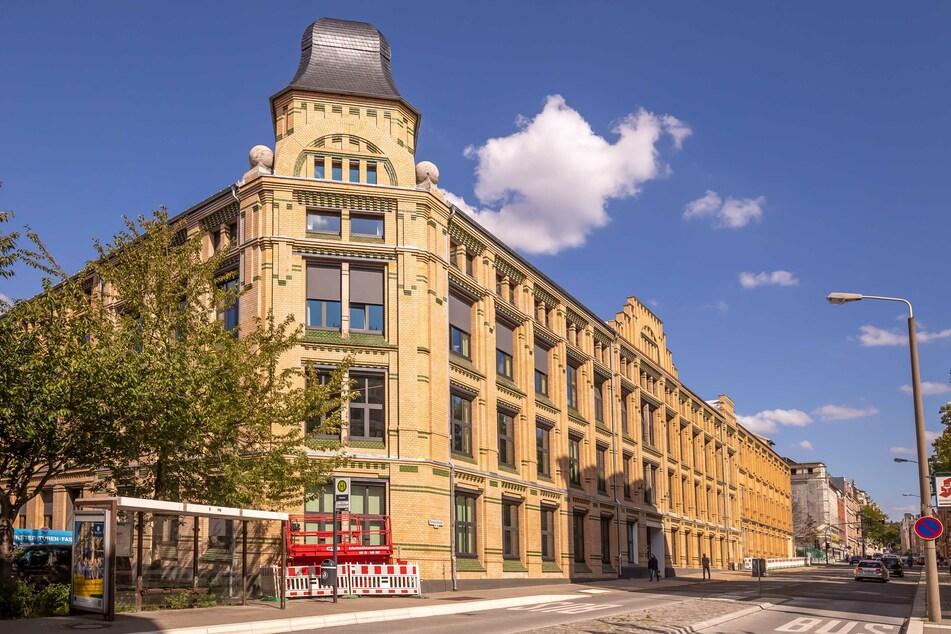 Frisch saniert! Im ehemaligen Amtsgericht in der Fürstenstraße sind Loft-Büros und Luxuswohnungen entstanden.